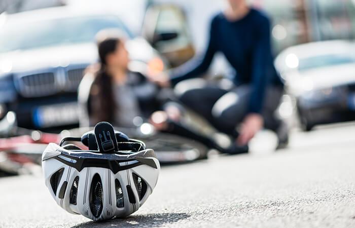 Fahrradhelm schützt bei Unfall