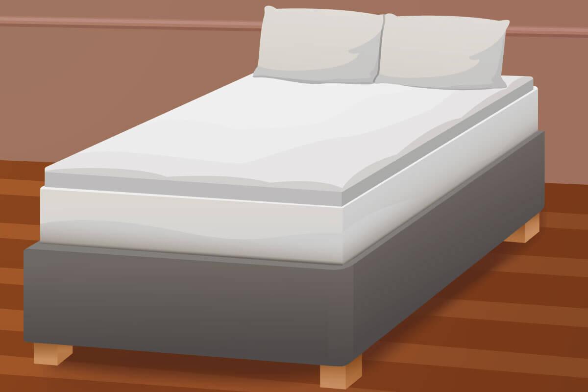 Gelschaum-Topper auf einem Bett.